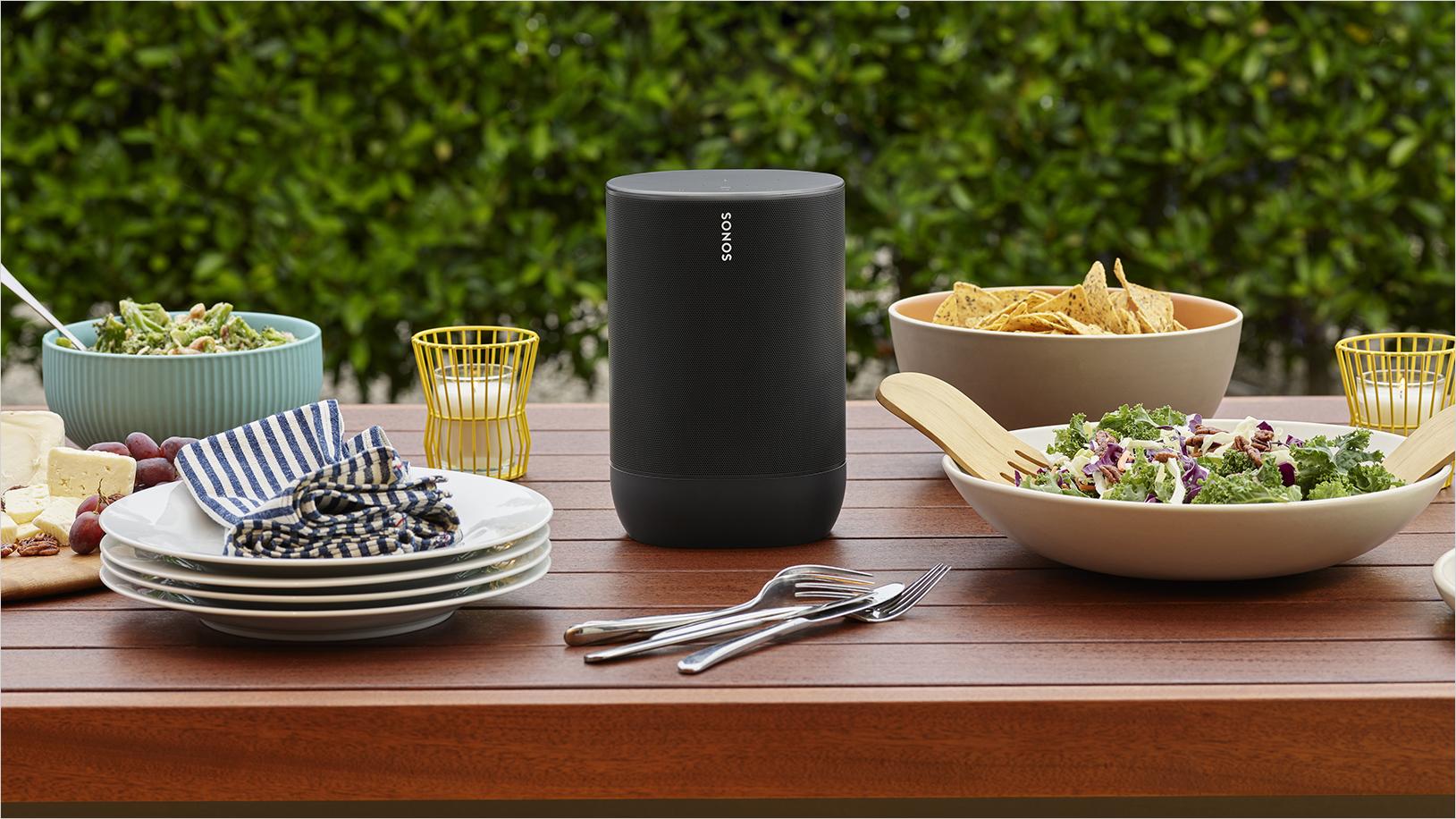 Sonos Move smart speaker resistente e alimentato a batteria